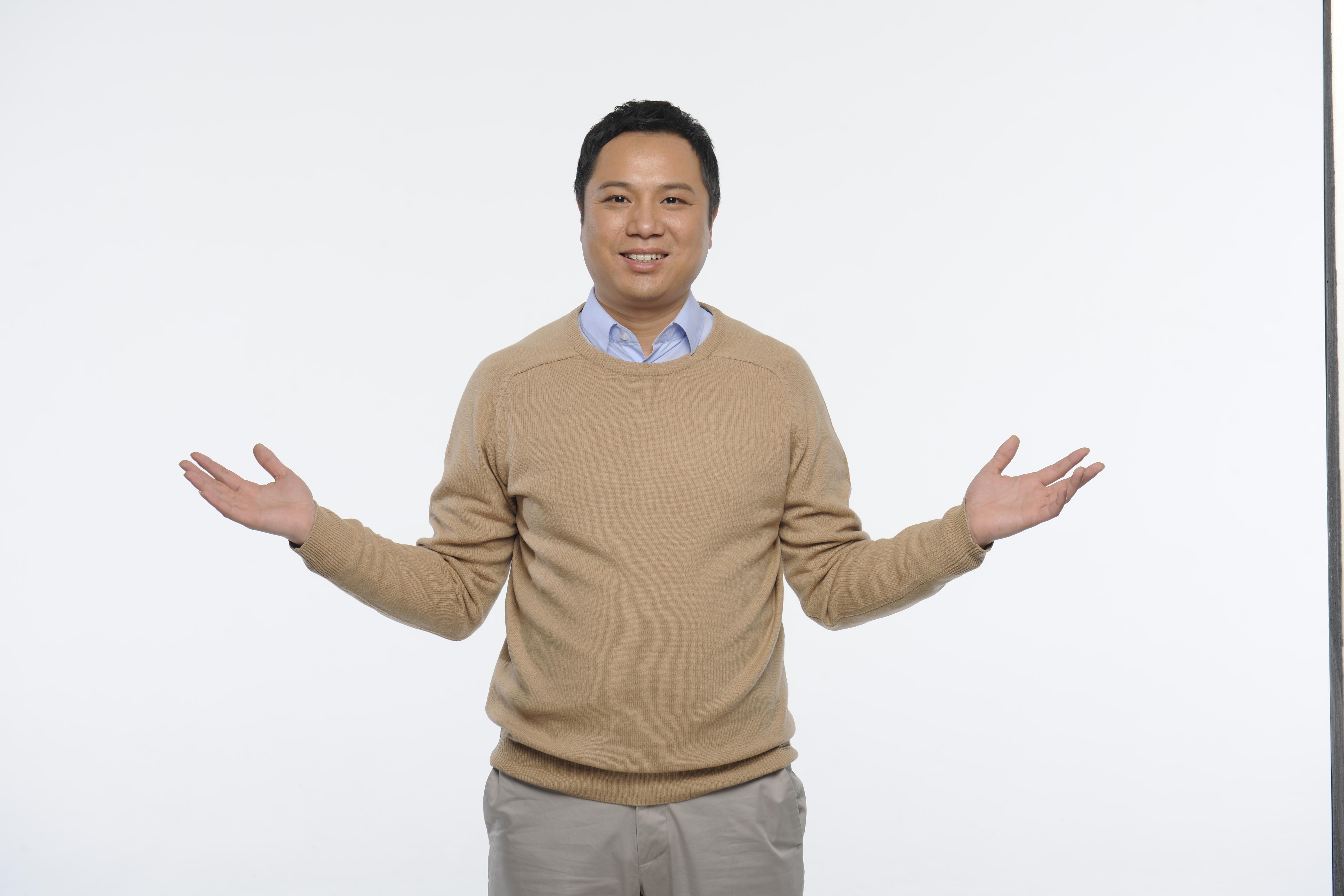 王庆波照片2